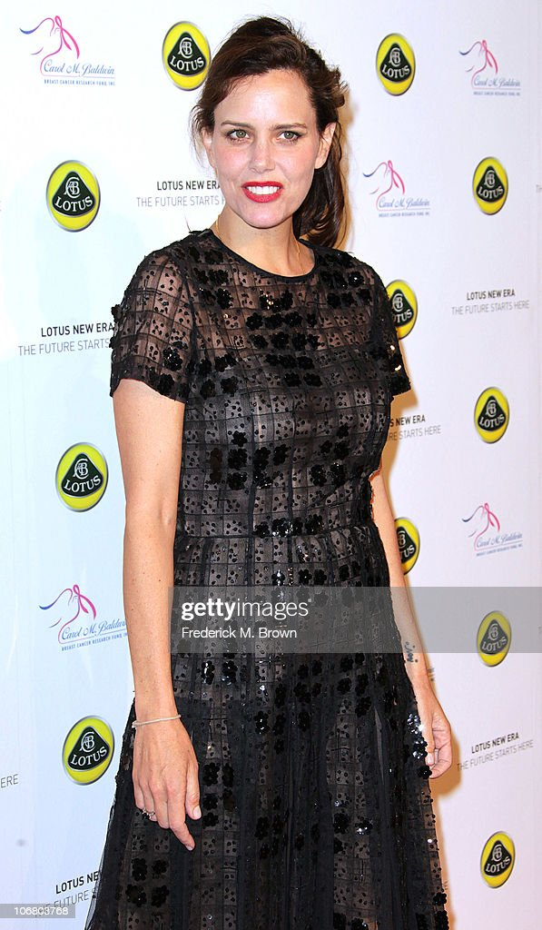 Actress <a gi-track='captionPersonalityLinkClicked' href=/galleries/search?phrase=Ione+Skye&family=editorial&specificpeople=220958 ng-click='$event.stopPropagation()'>Ione Skye</a> attends the Lotus Cars Launch event on November 12, 2010 in Los Angeles, California.