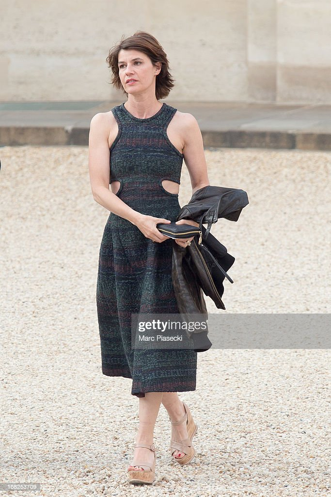 Actress Irene Jacob arrives to attend a state dinner at Palace Elysee on May 7, 2013 in Paris, France.
