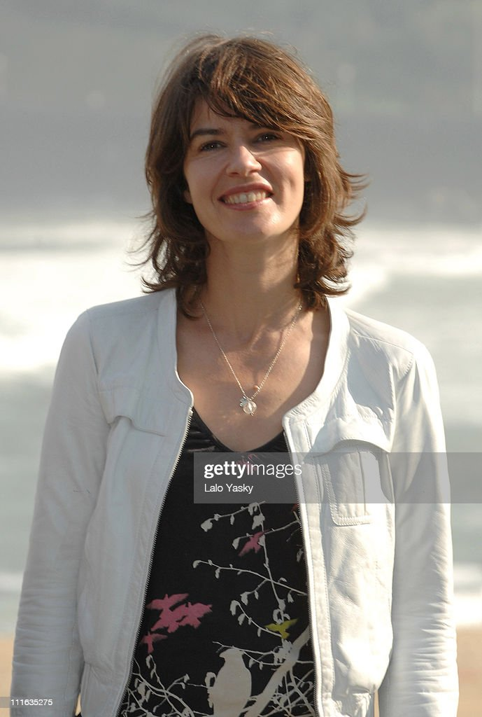 Actress <a gi-track='captionPersonalityLinkClicked' href=/galleries/search?phrase=Irene+Jacob&family=editorial&specificpeople=1534457 ng-click='$event.stopPropagation()'>Irene Jacob</a> attends a photocall for The Inner Life of Martin Frost, at the Kursaal palace on September 23, 2007 in San Sebastian, Spain