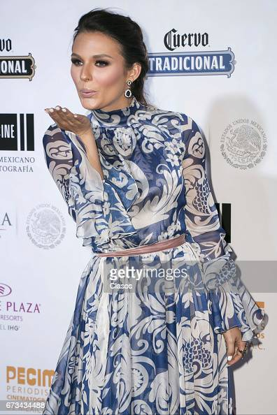 http://media.gettyimages.com/photos/actress-irina-baeva-blows-a-kiss-during-the-46th-diosas-de-plata-at-picture-id673434488?s=594x594