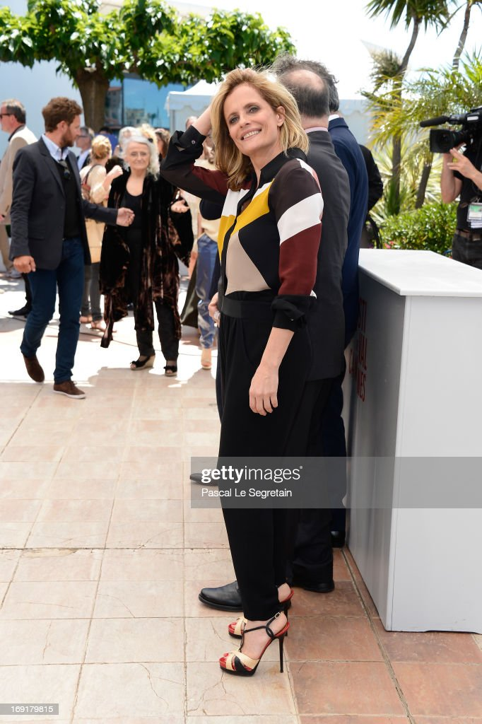 Actress <a gi-track='captionPersonalityLinkClicked' href=/galleries/search?phrase=Isabella+Ferrari&family=editorial&specificpeople=630378 ng-click='$event.stopPropagation()'>Isabella Ferrari</a> attends the 'La Grande Bellezza' Photocall during The 66th Annual Cannes Film Festival at the Palais des Festivals on May 21, 2013 in Cannes, France.