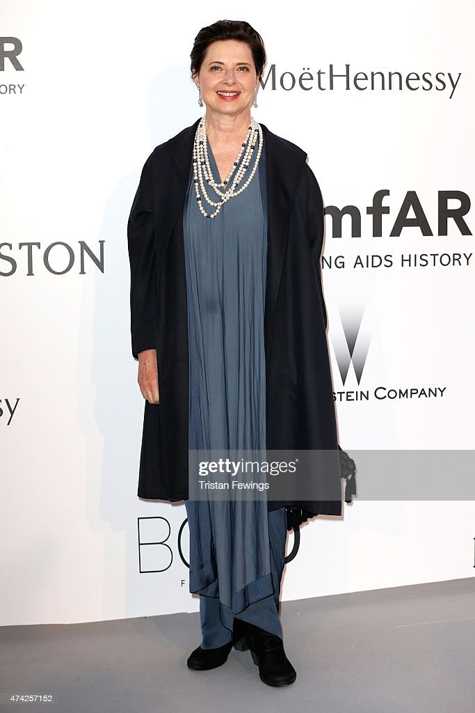 Actress <a gi-track='captionPersonalityLinkClicked' href=/galleries/search?phrase=Isabella+Rossellini&family=editorial&specificpeople=209153 ng-click='$event.stopPropagation()'>Isabella Rossellini</a> attends amfAR's 22nd Cinema Against AIDS Gala, Presented By Bold Films And Harry Winston at Hotel du Cap-Eden-Roc on May 21, 2015 in Cap d'Antibes, France.