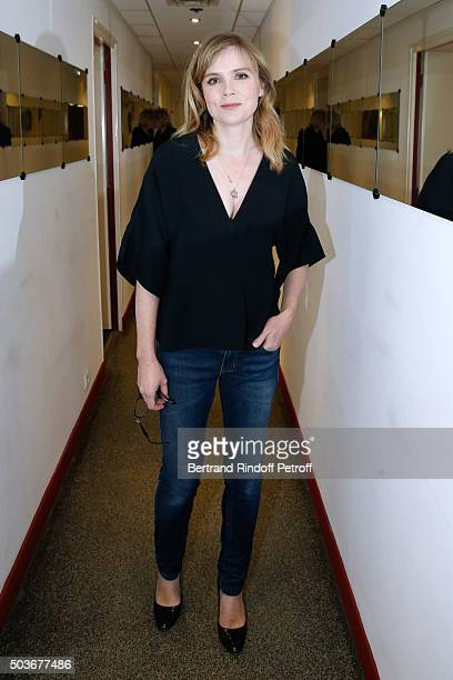 Actress Isabelle Carre presents the movie 'ParisWillouby' and the Theater play 'De l'influence des rayons gamma sur le comportement des marguerites'...