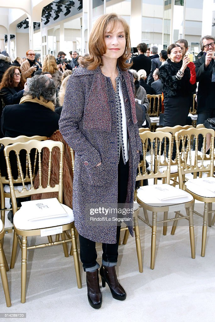 Actress <a gi-track='captionPersonalityLinkClicked' href=/galleries/search?phrase=Isabelle+Huppert&family=editorial&specificpeople=662796 ng-click='$event.stopPropagation()'>Isabelle Huppert</a> attends the Chanel show as part of the Paris Fashion Week Womenswear Fall/Winter 2016/2017 on March 8, 2016 in Paris, France.