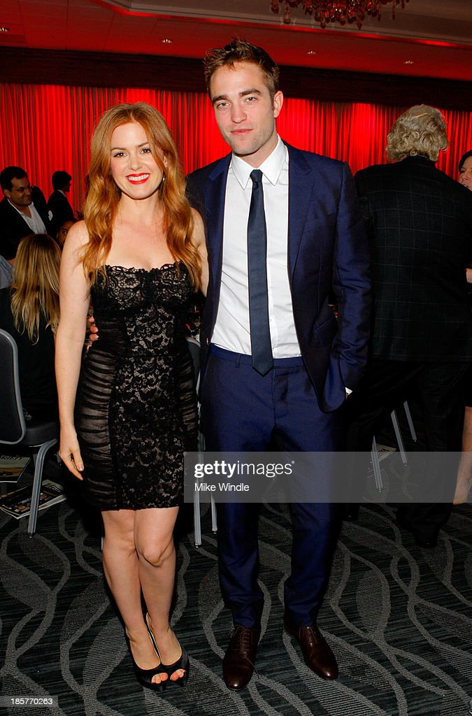 Actress <a gi-track='captionPersonalityLinkClicked' href=/galleries/search?phrase=Isla+Fisher&family=editorial&specificpeople=220257 ng-click='$event.stopPropagation()'>Isla Fisher</a> (L) and actor <a gi-track='captionPersonalityLinkClicked' href=/galleries/search?phrase=Robert+Pattinson&family=editorial&specificpeople=734445 ng-click='$event.stopPropagation()'>Robert Pattinson</a> attend the 2nd Annual Australians in Film Awards Gala at Intercontinental Hotel on October 24, 2013 in Beverly Hills, California.