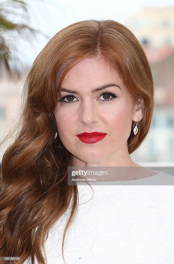 Actress Isla Fisher attends 'The Great Gatsby' photocall during the 66th Annual Cannes Film Festival at the Palais des Festivals on May 15, 2013 in Cannes, France.