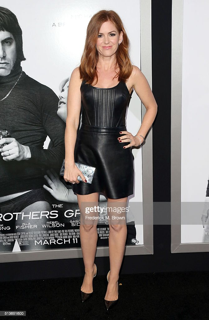 Actress <a gi-track='captionPersonalityLinkClicked' href=/galleries/search?phrase=Isla+Fisher&family=editorial&specificpeople=220257 ng-click='$event.stopPropagation()'>Isla Fisher</a> attends the premiere of Columbia Pictures and Village Roadshow Pictures' 'The Brothers Grimsby' at the Regency Village Theatre on March 3, 2016 in Westwood, California.