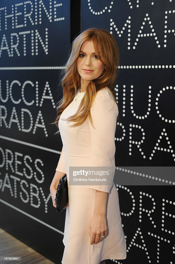 Actress <a gi-track='captionPersonalityLinkClicked' href=/galleries/search?phrase=Isla+Fisher&family=editorial&specificpeople=220257 ng-click='$event.stopPropagation()'>Isla Fisher</a> wearing Prada attends Catherine Martin And Miuccia Prada Dress Gatsby Opening Cocktail on April 30, 2013 in New York City.