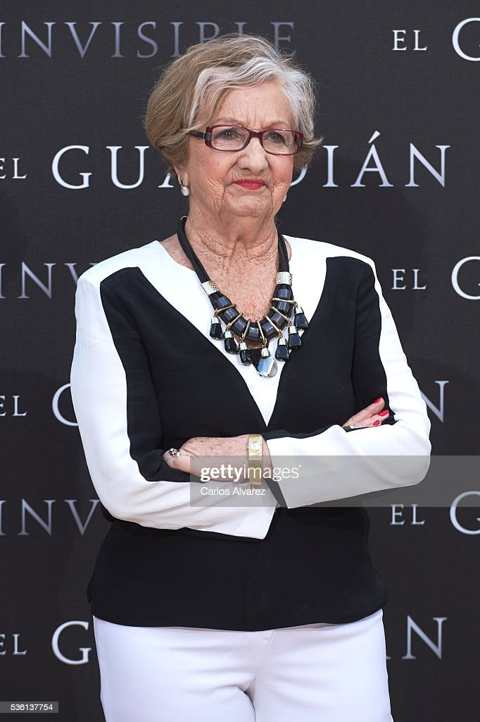 Actress Itziar Aizpuru attends 'El Guardian Invisible' photocall on May 31, 2016 in Madrid, Spain.