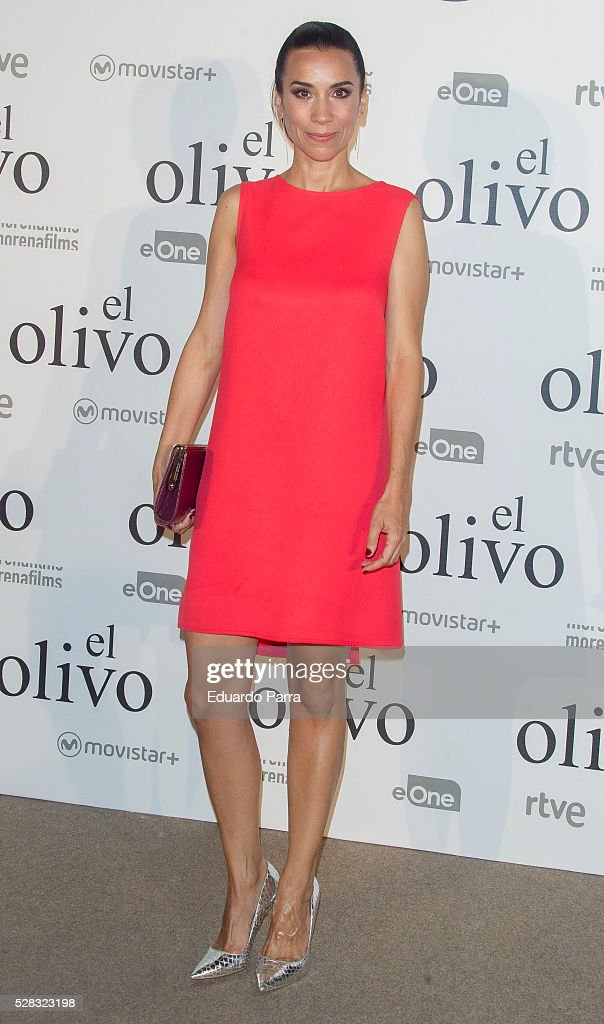 Actress Itziar Miranda attends 'El olivo' premiere at Capitol cinema on May 04, 2016 in Madrid, Spain.
