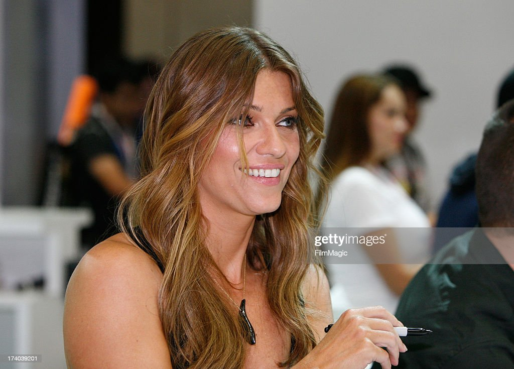 Actress <a gi-track='captionPersonalityLinkClicked' href=/galleries/search?phrase=Ivana+Milicevic&family=editorial&specificpeople=2529749 ng-click='$event.stopPropagation()'>Ivana Milicevic</a> attends Cinemax's 'Banshee' cast autograph signing at San Diego Convention Center on July 19, 2013 in San Diego, California.
