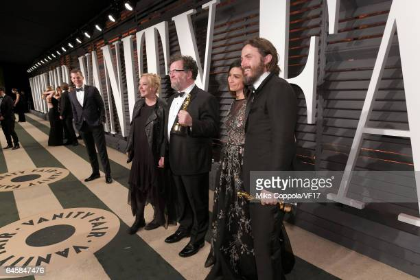Actress J SmithCameron writerdirector Kenneth Lonergan actor Floriana Lima and actor Casey Affleck attend the 2017 Vanity Fair Oscar Party hosted by...