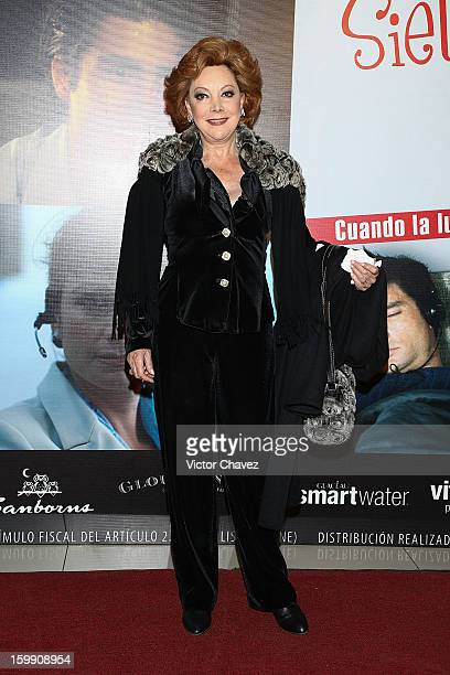 Actress Jacqueline Andere attends the '7 Años de Matrimonio' Mexico City premiere red carpet at Plaza Carso on January 22 2013 in Mexico City Mexico
