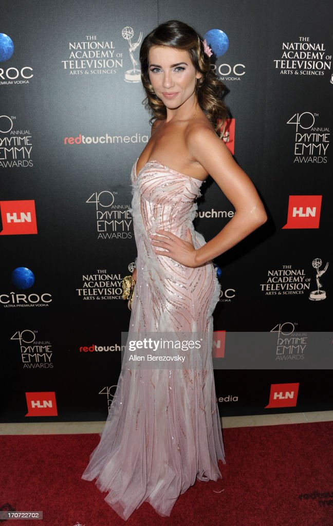 Actress <a gi-track='captionPersonalityLinkClicked' href=/galleries/search?phrase=Jacqueline+MacInnes+Wood&family=editorial&specificpeople=5384852 ng-click='$event.stopPropagation()'>Jacqueline MacInnes Wood</a> attends 40th Annual Daytime Entertaimment Emmy Awards - Arrivals at The Beverly Hilton Hotel on June 16, 2013 in Beverly Hills, California.