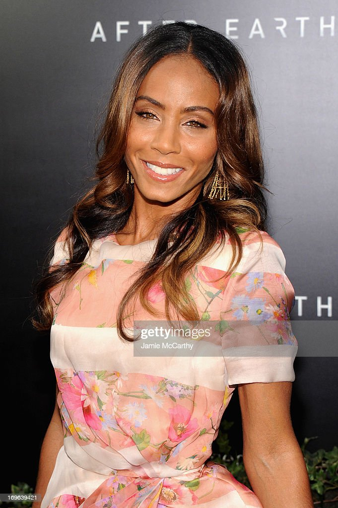 Actress <a gi-track='captionPersonalityLinkClicked' href=/galleries/search?phrase=Jada+Pinkett+Smith&family=editorial&specificpeople=201837 ng-click='$event.stopPropagation()'>Jada Pinkett Smith</a> attends Columbia Pictures and Mercedes-Benz Present the US Red Carpet Premiere of AFTER EARTH at Ziegfeld Theatre on May 29, 2013 in New York City.