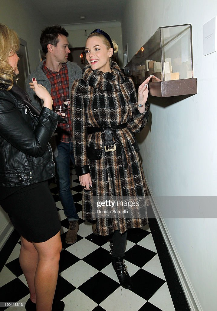 Actress Jaime King attends Hoorsenbuhs for Forevermark Collection cocktail party at Chateau Marmont on January 30, 2013 in Los Angeles, California.