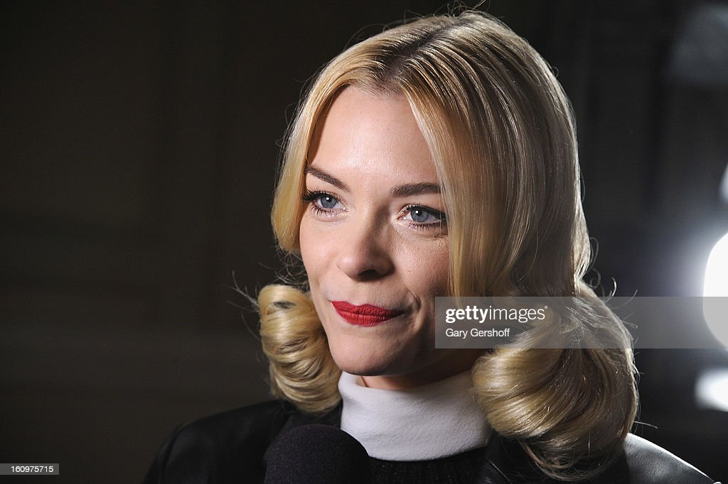 Actress <a gi-track='captionPersonalityLinkClicked' href=/galleries/search?phrase=Jaime+King+-+Attrice&family=editorial&specificpeople=206809 ng-click='$event.stopPropagation()'>Jaime King</a> attends Jason Wu during Fall 2013 Mercedes-Benz Fashion Week on February 8, 2013 in New York City.