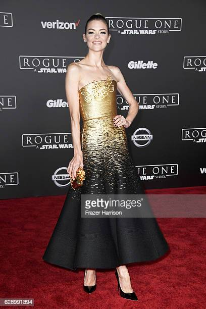 Actress Jaime King attends the premiere of Walt Disney Pictures and Lucasfilm's 'Rogue One A Star Wars Story' at the Pantages Theatre on December 10...