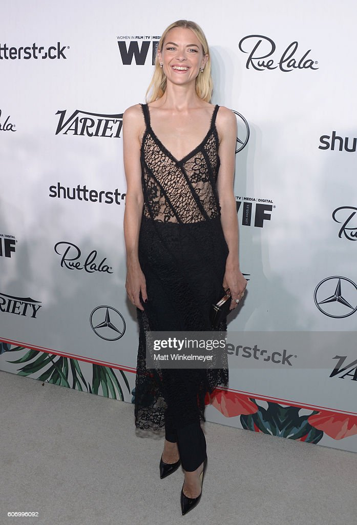 actress-jaime-king-attends-variety-and-women-in-films-preemmy-at-picture-id606996092