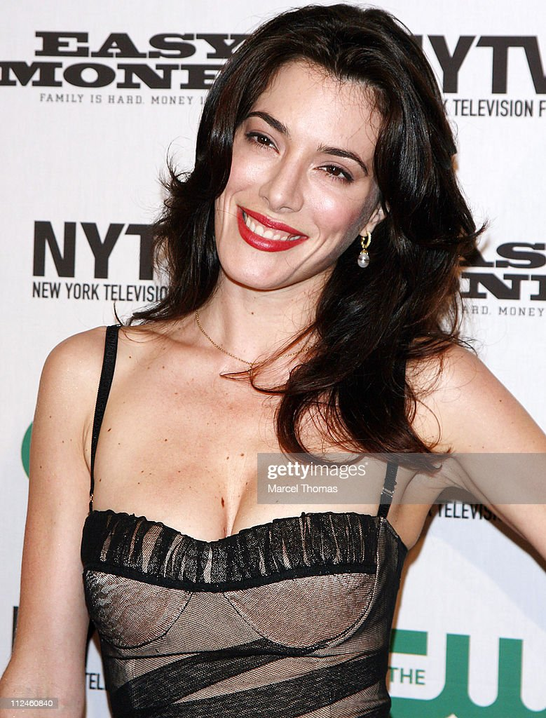 Actress Jaime Murray attends the CW's 'Easy Money' premiere during the 2008 New York Television Festival at New World Stages September 14 2008 in New...