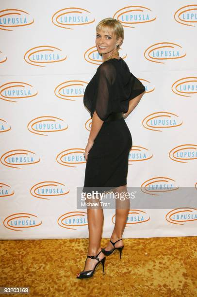 Actress Jaime Pressly arrives to the 7th Annual Lupus LA's 'Bag Ladies' luncheon held at The Beverly Wilshire Hotel on November 18 2009 in Beverly...