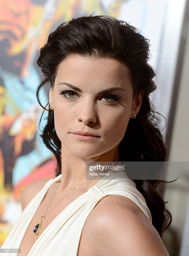 Actress Jaimie Alexander arrives at the premiere of Lionsgate Films' 'The Last Stand' at Grauman's Chinese Theatre on January 14, 2013 in Hollywood, California.