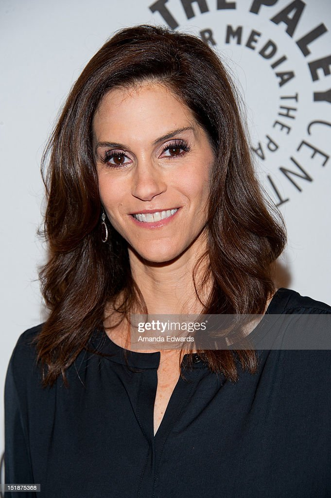 Actress Jami Gertz arrives at the 2012 PaleyFest: Fall TV Preview Party - ABC at The Paley Center for Media on September 11, 2012 in Beverly Hills, California.