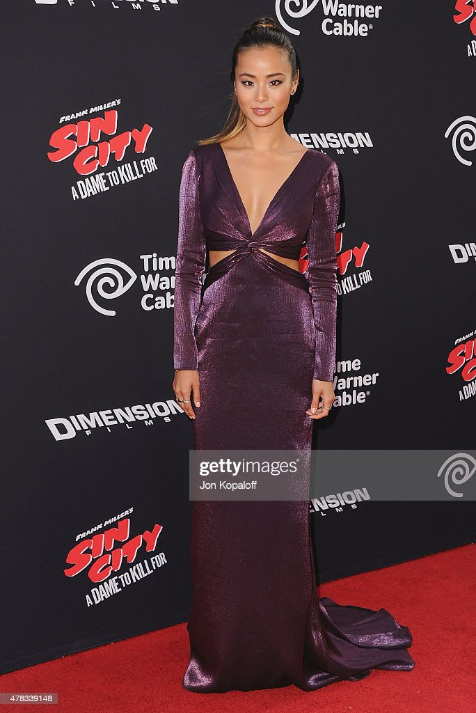 Actress <a gi-track='captionPersonalityLinkClicked' href=/galleries/search?phrase=Jamie+Chung&family=editorial&specificpeople=4145549 ng-click='$event.stopPropagation()'>Jamie Chung</a> arrives at the Los Angeles Premiere 'Sin City: A Dame To Kill For' at TCL Chinese Theatre on August 19, 2014 in Hollywood, California.