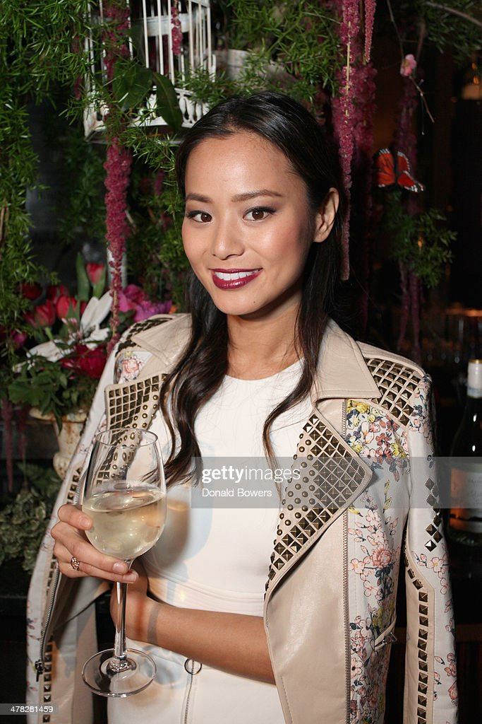 Actress <a gi-track='captionPersonalityLinkClicked' href=/galleries/search?phrase=Jamie+Chung&family=editorial&specificpeople=4145549 ng-click='$event.stopPropagation()'>Jamie Chung</a> attends Brancott Estate Flight Song Launch at PHD Lounge at the Dream Downtown on March 12, 2014 in New York City.