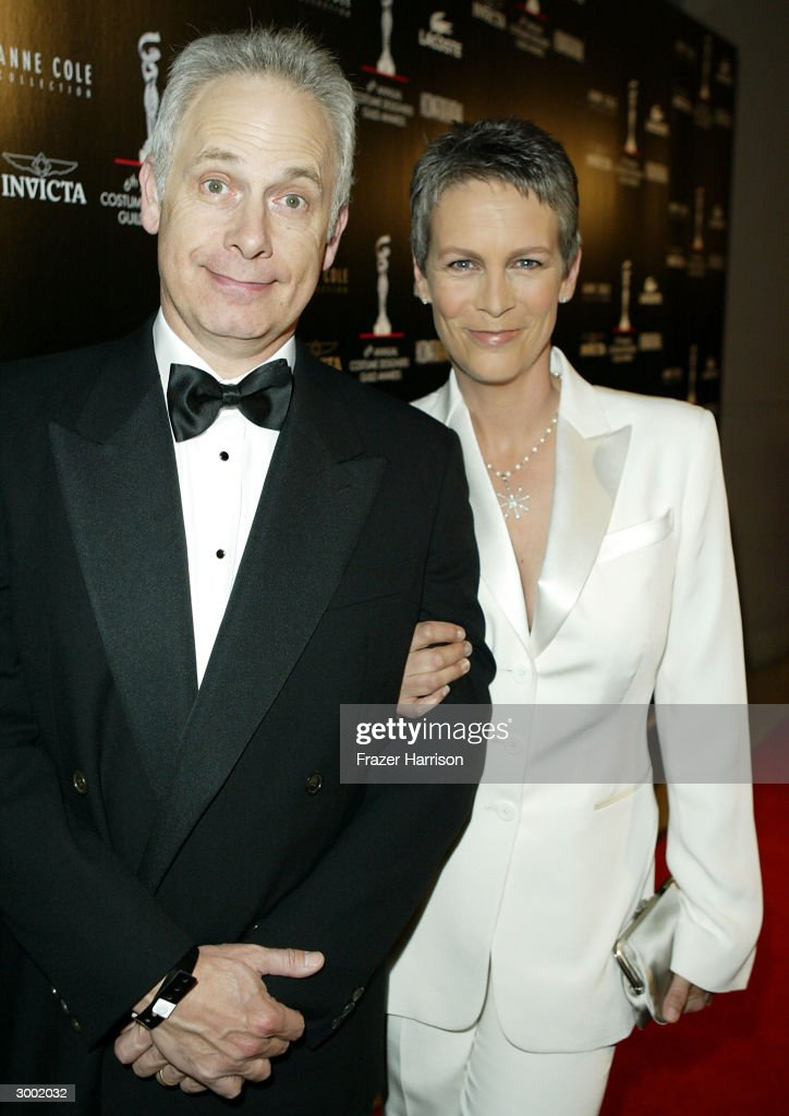 6th annual costume designers guild awards arrivals for Jamie lee curtis husband christopher guest