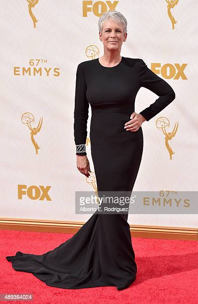 Actress Jamie Lee Curtis attends the 67th Emmy Awards at Microsoft Theater on September 20 2015 in Los Angeles California 25720_001