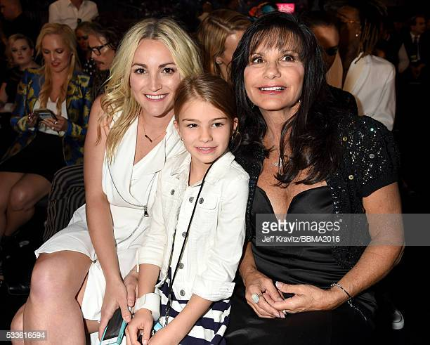 Actress Jamie Lynn Spears Maddie Briann Aldridge and Lynne Spears in the audience at the 2016 Billboard Music Awards at TMobile Arena on May 22 2016...