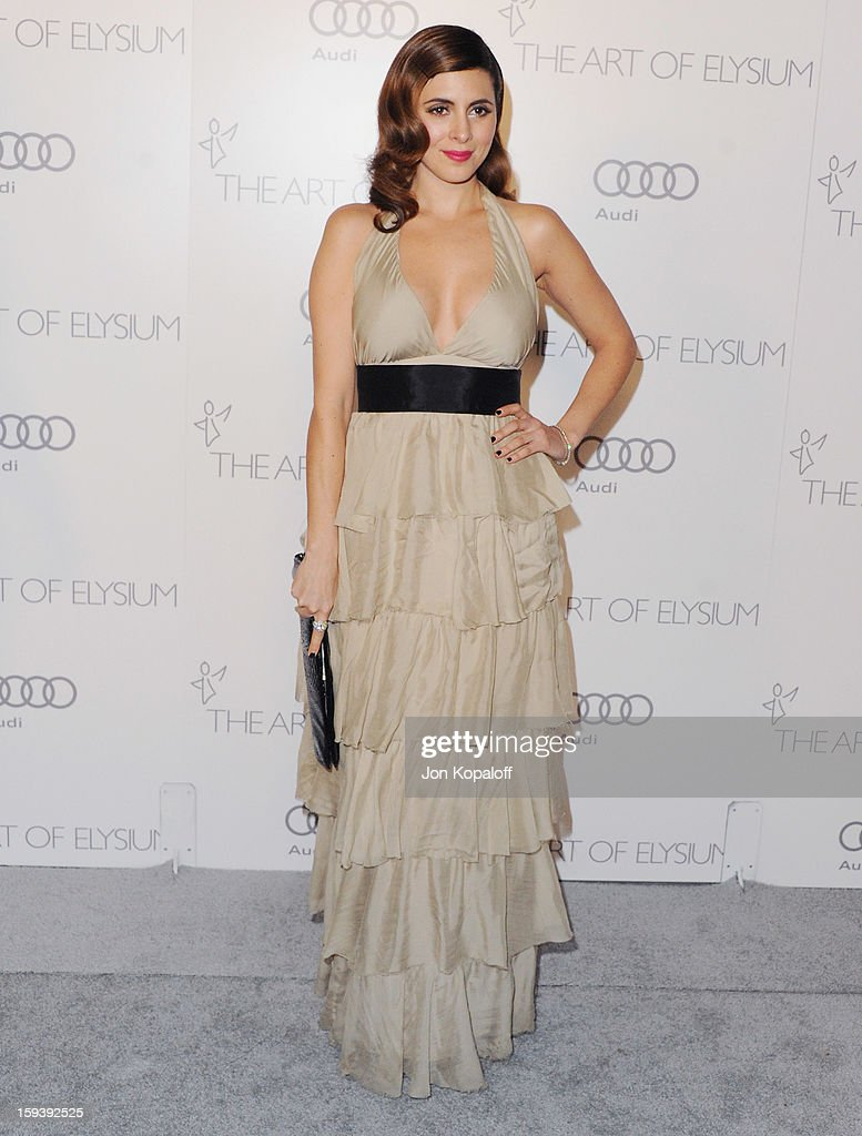 Actress Jamie-Lynn Sigler arrives at the Art Of Elysium's 6th Annual Heaven Gala on January 12, 2013 in Los Angeles, California.