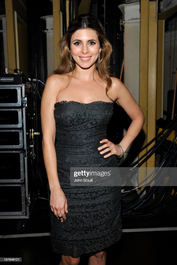 Actress Jamie-Lynn Sigler attends the American Giving Awards presented by Chase held at the Pasadena Civic Auditorium on December 7, 2012 in Pasadena, California.