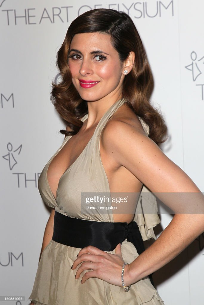 Actress Jamie-Lynn Sigler attends the Art of Elysium's 6th Annual Black-tie Gala 'Heaven' at 2nd Street Tunnel on January 12, 2013 in Los Angeles, California.