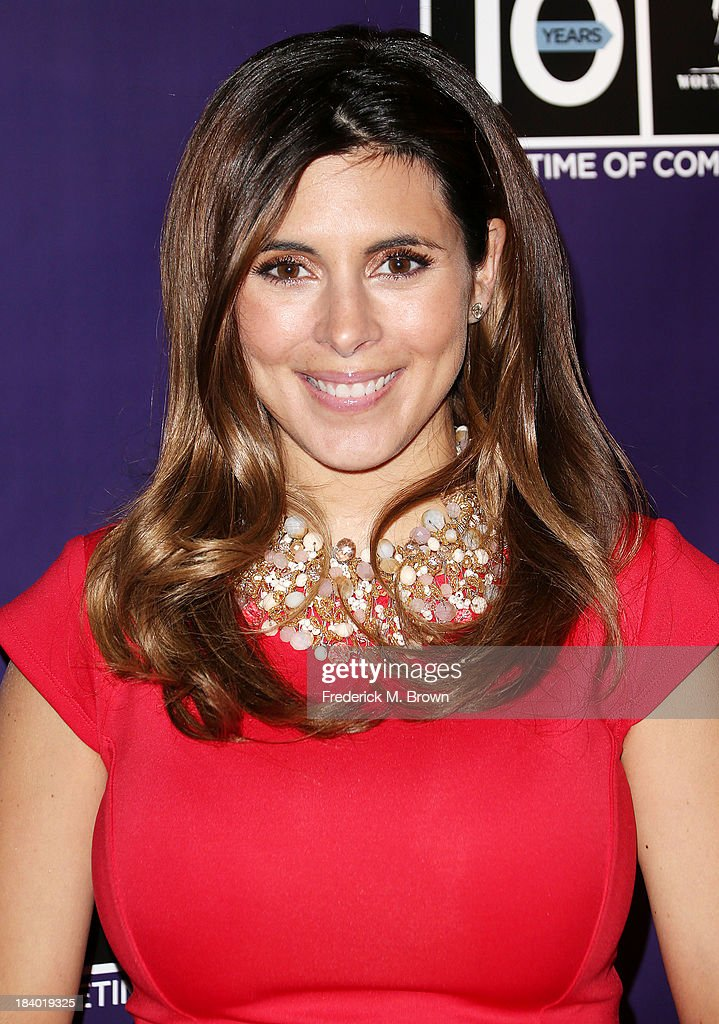 Actress <a gi-track='captionPersonalityLinkClicked' href=/galleries/search?phrase=Jamie-Lynn+Sigler&family=editorial&specificpeople=204494 ng-click='$event.stopPropagation()'>Jamie-Lynn Sigler</a> attends The Wounded Warrier Project's (WWP) Carry Forward Awards at Club Nokia on October 10, 2013 in Los Angeles, California.
