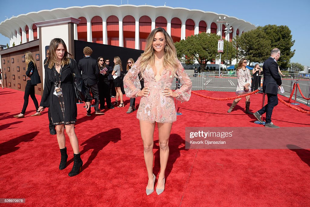 Actress Jana Kramer attends the 2016 American Country Countdown Awards at The Forum on May 1, 2016 in Inglewood, California.