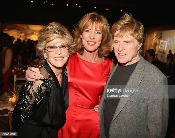 Actress Jane Fonda actress Christine Lahti and President and Founder of Sundance Institute Robert Redford attend the 2008 Sundance Gala Fundraiser at...