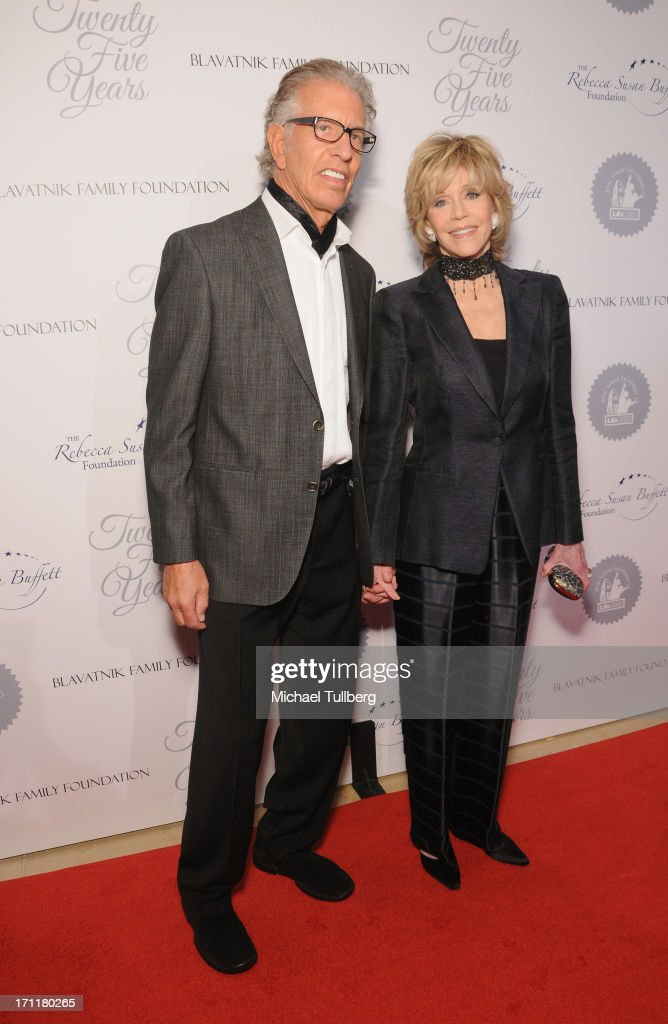 Actress <a gi-track='captionPersonalityLinkClicked' href=/galleries/search?phrase=Jane+Fonda&family=editorial&specificpeople=202174 ng-click='$event.stopPropagation()'>Jane Fonda</a> and <a gi-track='captionPersonalityLinkClicked' href=/galleries/search?phrase=Richard+Perry+-+Music+Producer&family=editorial&specificpeople=7888087 ng-click='$event.stopPropagation()'>Richard Perry</a> attend the LA's Best 25th Anniversary Gala at The Beverly Hilton Hotel on June 22, 2013 in Beverly Hills, California.