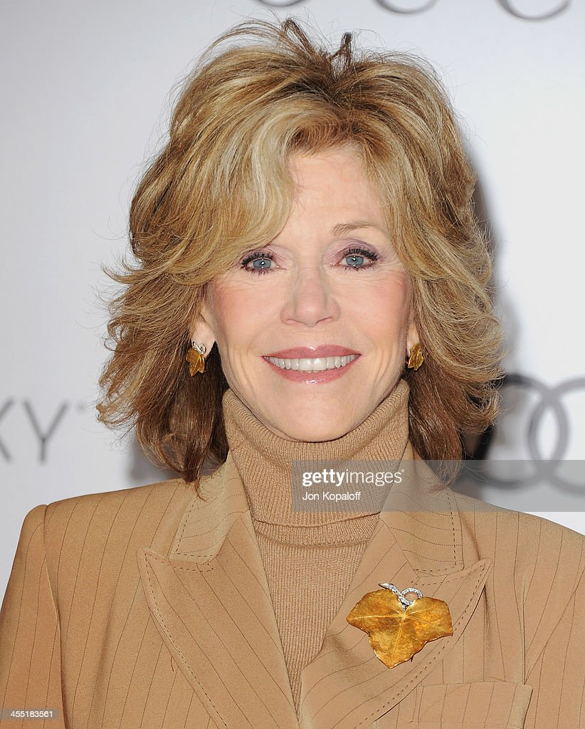 Actress <a gi-track='captionPersonalityLinkClicked' href=/galleries/search?phrase=Jane+Fonda&family=editorial&specificpeople=202174 ng-click='$event.stopPropagation()'>Jane Fonda</a> arrives at The Hollywood Reporter's 22nd Annual Women In Entertainment Breakfast 2013 at Beverly Hills Hotel on December 11, 2013 in Beverly Hills, California.
