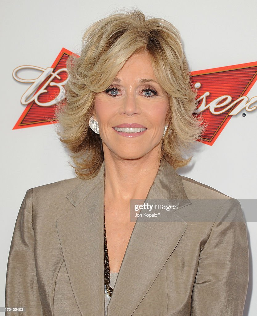 Actress <a gi-track='captionPersonalityLinkClicked' href=/galleries/search?phrase=Jane+Fonda&family=editorial&specificpeople=202174 ng-click='$event.stopPropagation()'>Jane Fonda</a> arrives at the Los Angeles Premiere 'Lee Daniels' The Butler' at Regal Cinemas L.A. Live on August 12, 2013 in Los Angeles, California.