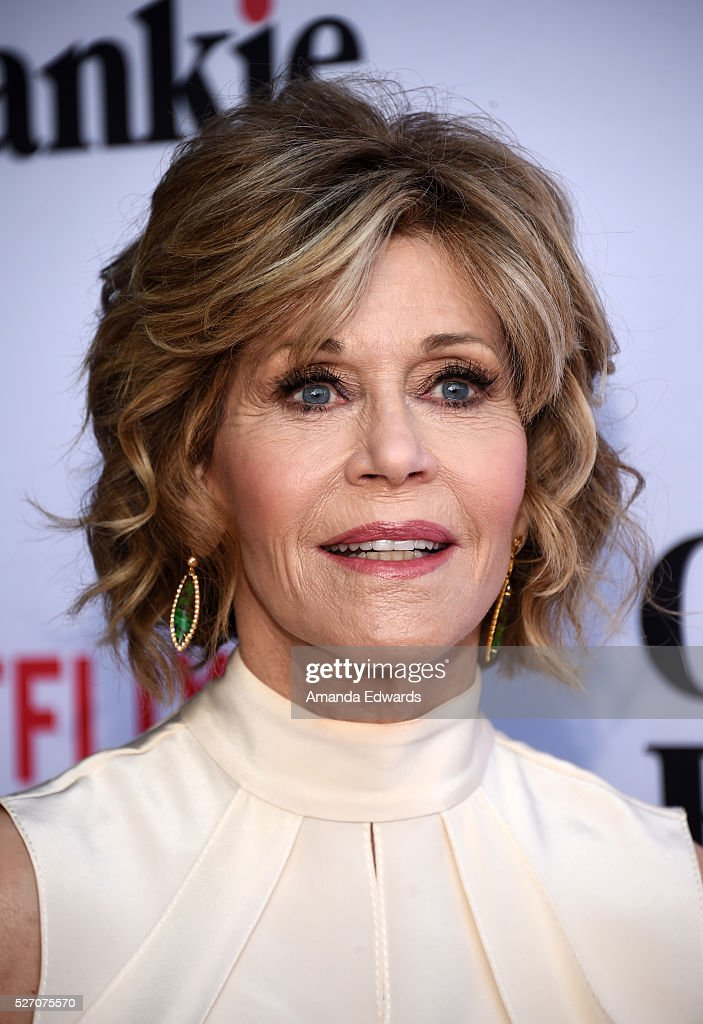 Actress <a gi-track='captionPersonalityLinkClicked' href=/galleries/search?phrase=Jane+Fonda&family=editorial&specificpeople=202174 ng-click='$event.stopPropagation()'>Jane Fonda</a> arrives at the Netflix Original Series 'Grace & Frankie' Season 2 premiere at the Harmony Gold Theater on May 1, 2016 in Los Angeles, California.