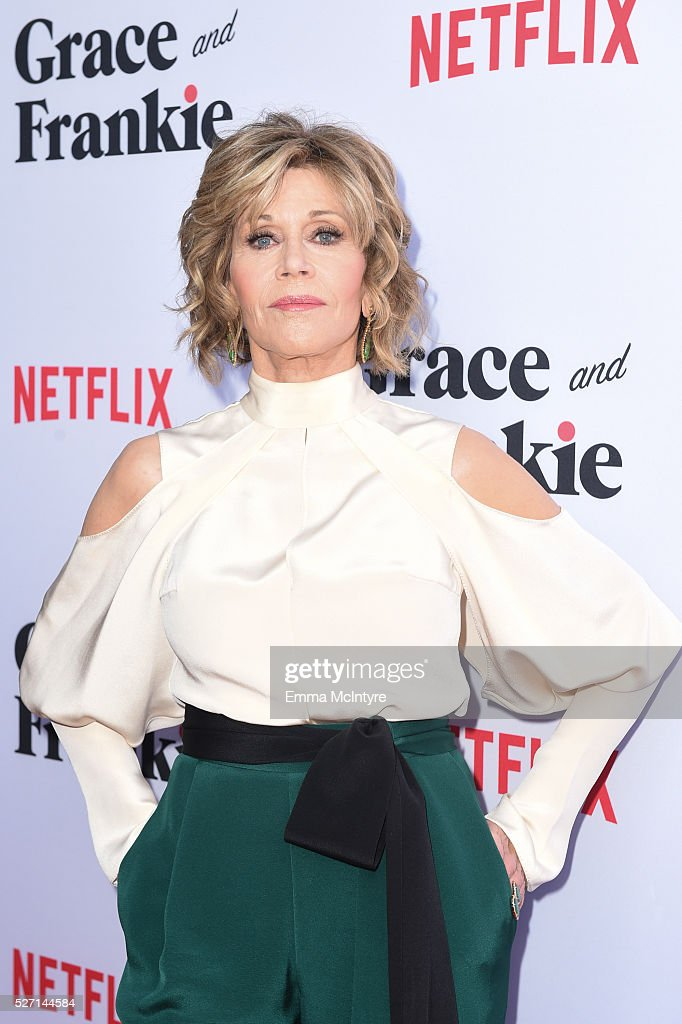 Actress <a gi-track='captionPersonalityLinkClicked' href=/galleries/search?phrase=Jane+Fonda&family=editorial&specificpeople=202174 ng-click='$event.stopPropagation()'>Jane Fonda</a> arrives at the Netflix Original Series 'Grace & Frankie' Season 2 premiere at Harmony Gold on May 1, 2016 in Los Angeles, California.