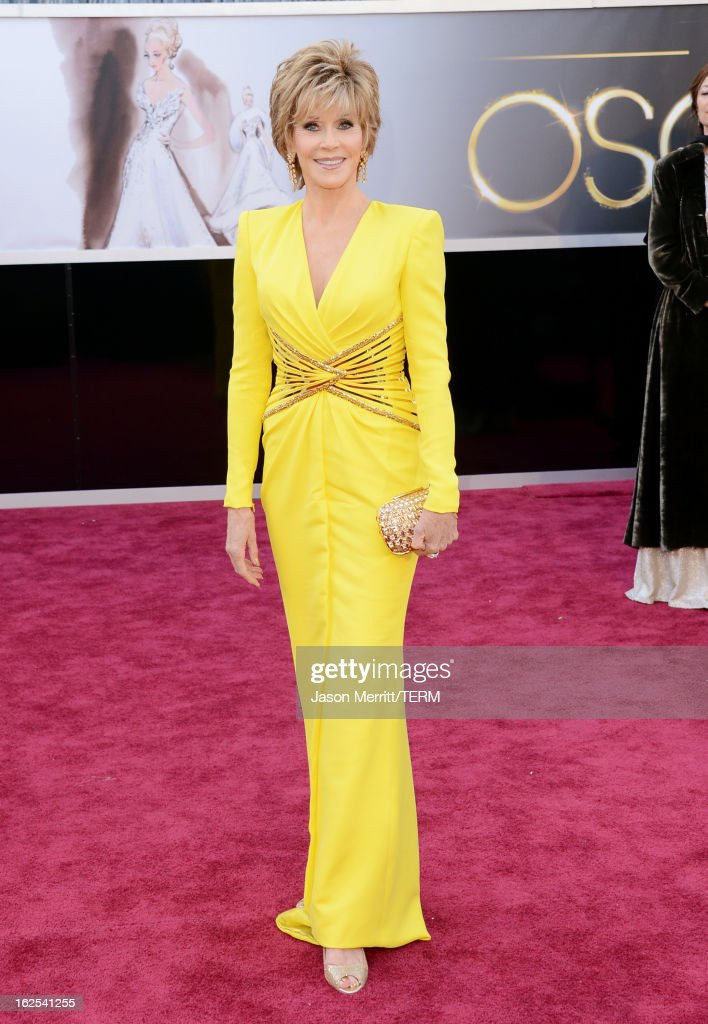 Actress <a gi-track='captionPersonalityLinkClicked' href=/galleries/search?phrase=Jane+Fonda&family=editorial&specificpeople=202174 ng-click='$event.stopPropagation()'>Jane Fonda</a> arrives at the Oscars at Hollywood & Highland Center on February 24, 2013 in Hollywood, California.