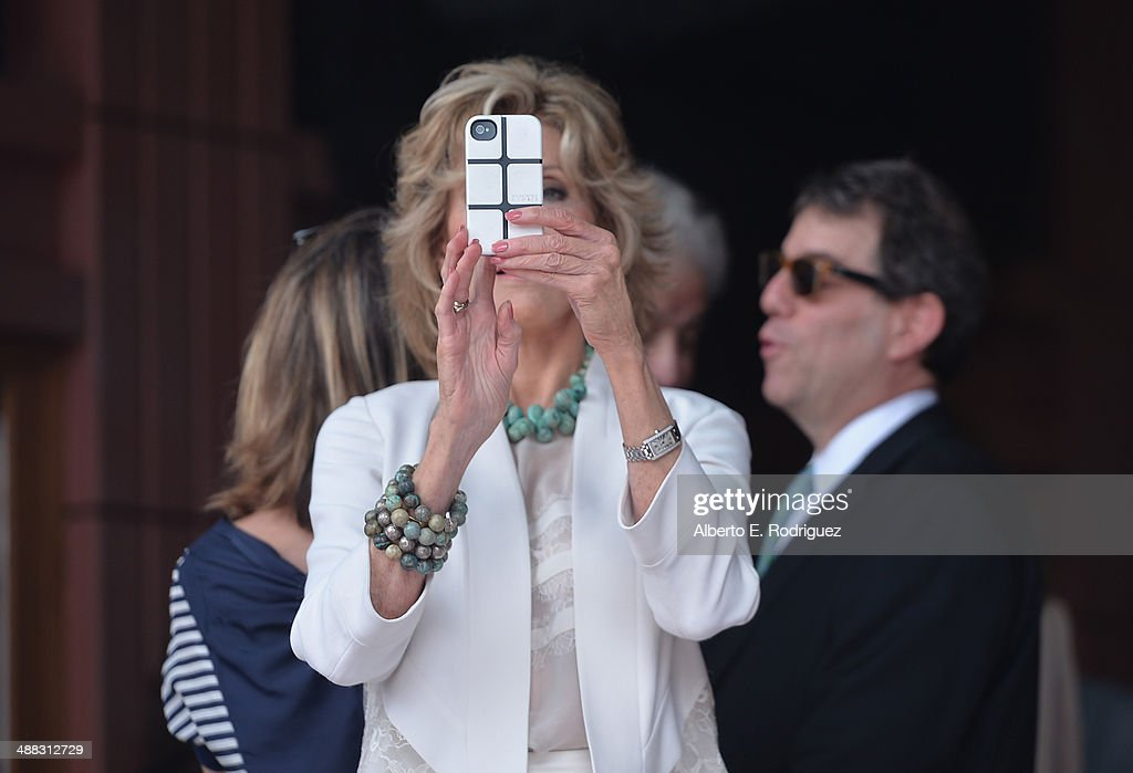 Actress <a gi-track='captionPersonalityLinkClicked' href=/galleries/search?phrase=Jane+Fonda&family=editorial&specificpeople=202174 ng-click='$event.stopPropagation()'>Jane Fonda</a> attends a ceremony honoring Sally Field with the 2,524th Star on the Hollywood Walk of fame on May 5, 2014 in Hollywood, California.