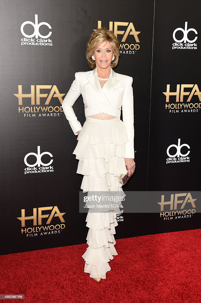 Actress <a gi-track='captionPersonalityLinkClicked' href=/galleries/search?phrase=Jane+Fonda&family=editorial&specificpeople=202174 ng-click='$event.stopPropagation()'>Jane Fonda</a> attends the 19th Annual Hollywood Film Awards at The Beverly Hilton Hotel on November 1, 2015 in Beverly Hills, California.