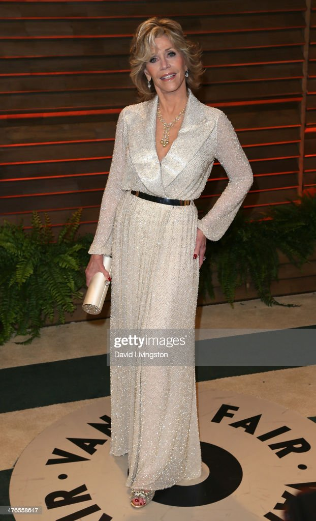 Actress <a gi-track='captionPersonalityLinkClicked' href=/galleries/search?phrase=Jane+Fonda&family=editorial&specificpeople=202174 ng-click='$event.stopPropagation()'>Jane Fonda</a> attends the 2014 Vanity Fair Oscar Party hosted by Graydon Carter on March 2, 2014 in West Hollywood, California.