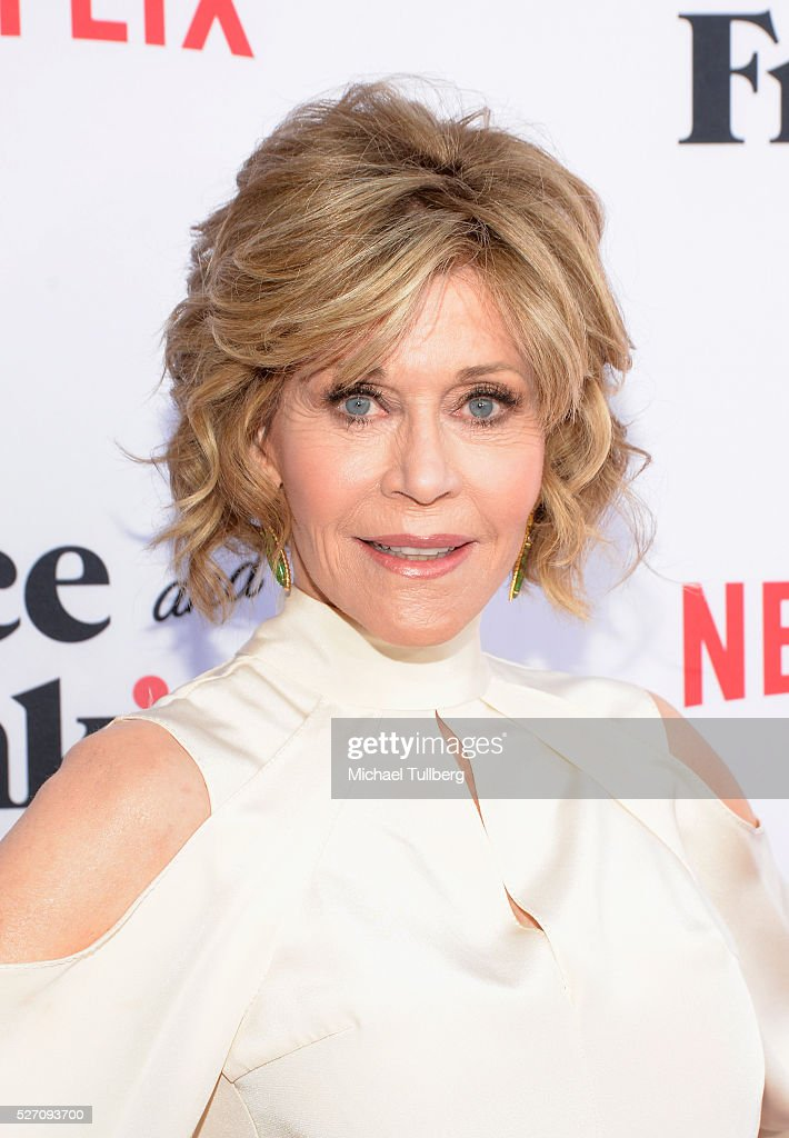 Actress <a gi-track='captionPersonalityLinkClicked' href=/galleries/search?phrase=Jane+Fonda&family=editorial&specificpeople=202174 ng-click='$event.stopPropagation()'>Jane Fonda</a> attends the premiere of Season 2 of the Netflix Original Series 'Grace & Frankie' at Harmony Gold on May 1, 2016 in Los Angeles, California.
