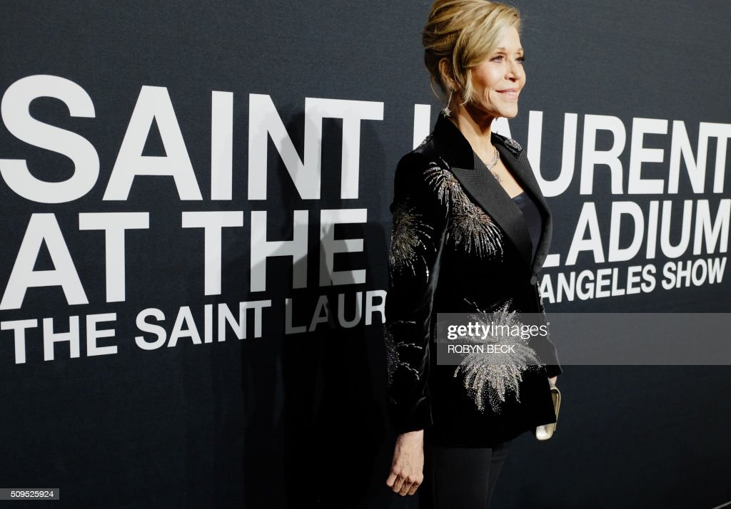 Actress Jane Fonda attends the Saint Laurent men's fall line and the first part of its women's collection fashion show at the Paladium, in Hollywood, California, February 10, 2016. / AFP / ROBYN BECK