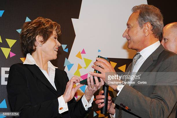 US actress Jane Fonda received the Vermeil Medal of the City of Paris from Paris Mayor Bertrand Delanoe at the Paris City Hall